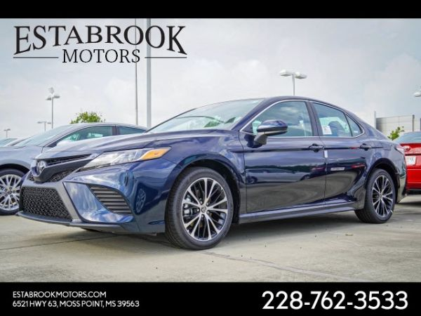 2020 Toyota Camry in Moss Point, MS