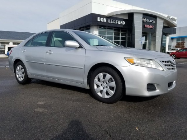 2011 Toyota Camry in Cleveland, TN