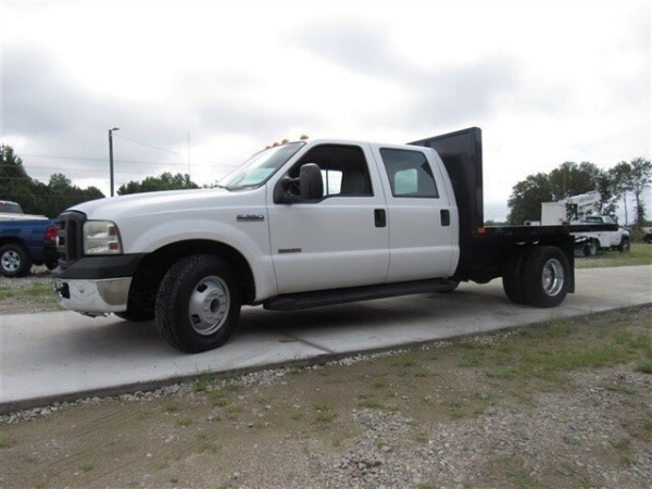 2007 Ford Super Duty F-350 Chassis Cab in Sanford, NC