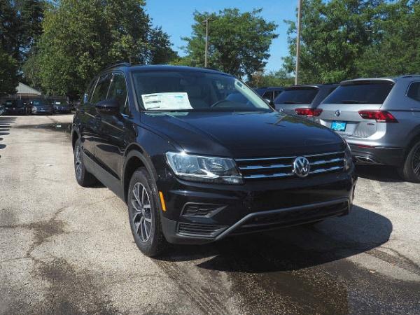 2019 Volkswagen Tiguan in Mount Prospect, IL