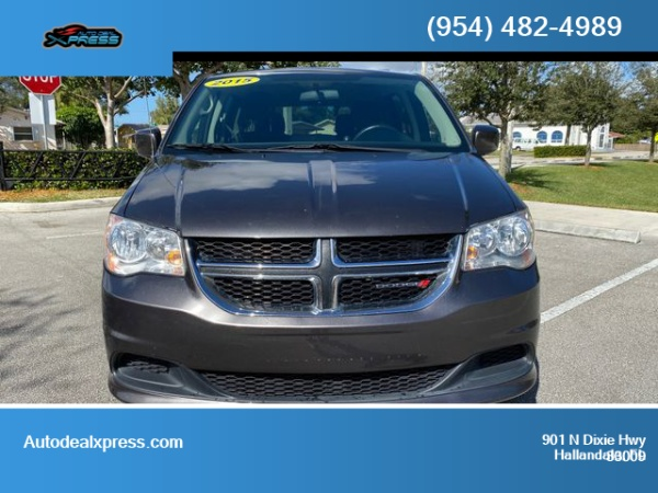 2015 Dodge Grand Caravan in Hallandale, FL