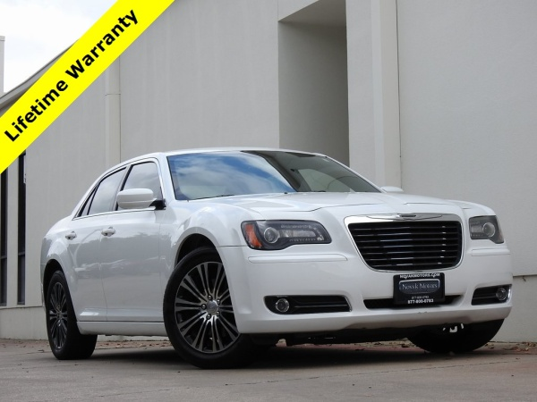 2014 Chrysler 300 in Bedford, TX