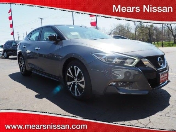 2018 Nissan Maxima in Canton, OH