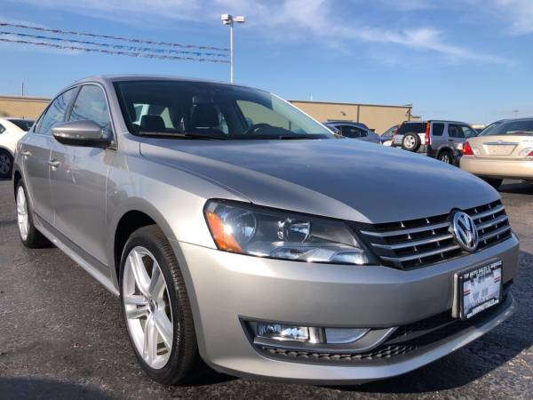 2012 Volkswagen Passat in Franklin, OH