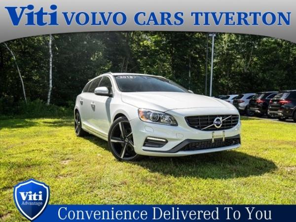 2016 Volvo V60 T6 R-Design