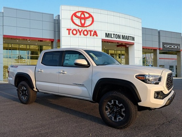 2020 Toyota Tacoma in Gainesville, GA