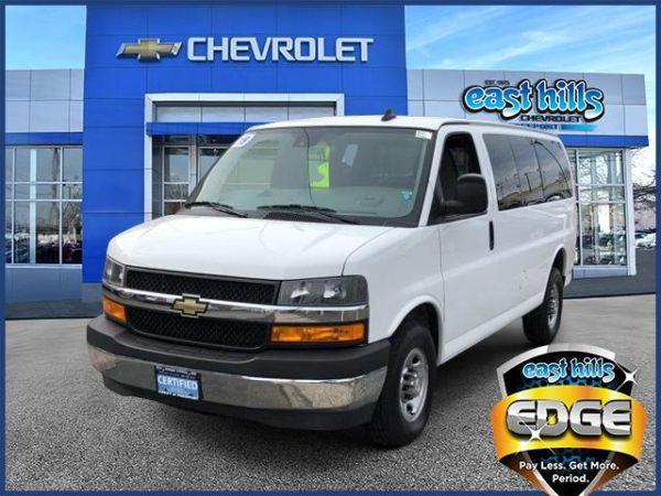 2019 Chevrolet Express Passenger in Freeport, NY