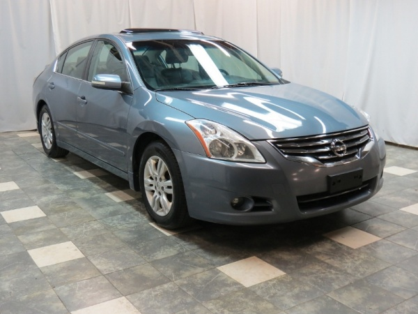 2012 Nissan Altima in Chesterland, OH