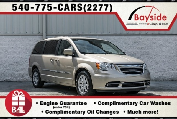 2016 Chrysler Town & Country in King George, VA