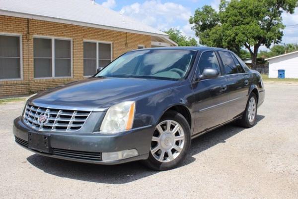 2010 Cadillac DTS in San Antonio, TX