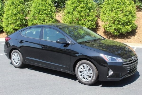 2020 Hyundai Elantra in Macon, GA