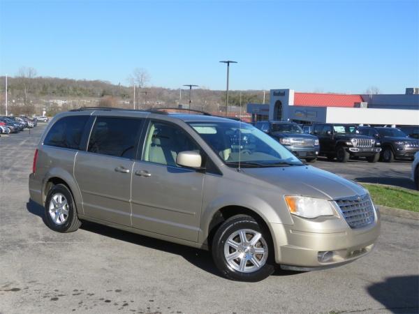 2008 Chrysler Town & Country in Antioch, TN