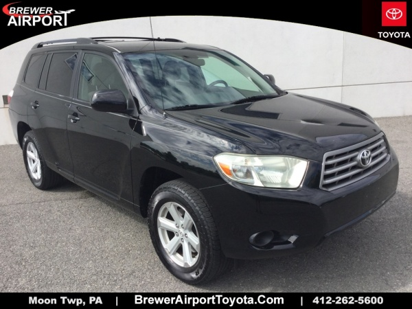 2010 Toyota Highlander in Moon Township, PA