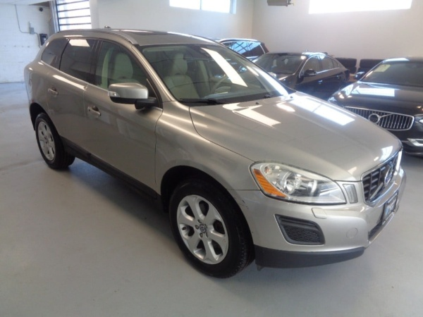 2013 Volvo XC60 in Hasbrouck Heights, NJ