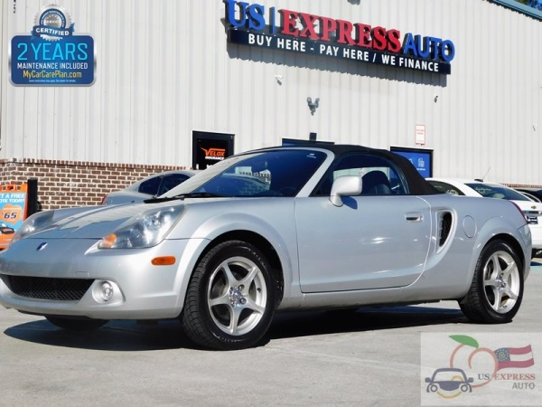 2004 Toyota MR2 Spyder Base
