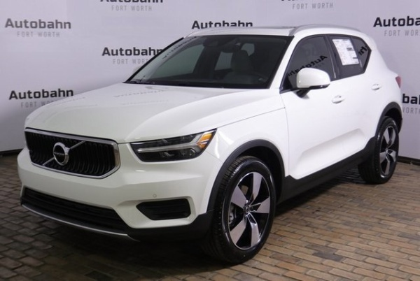 2020 Volvo XC40 in Fort Worth, TX