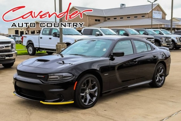 2019 Dodge Charger in Columbus, TX
