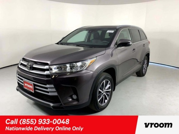 2019 Toyota Highlander in Stafford, TX