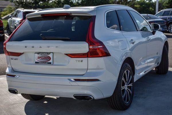 2018 Volvo XC60 in Barrington, IL