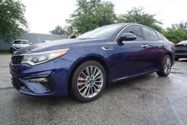 2019 Kia Optima in Miami, FL