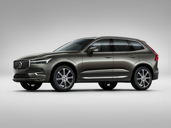 2020 Volvo XC60 in Willoughby, OH