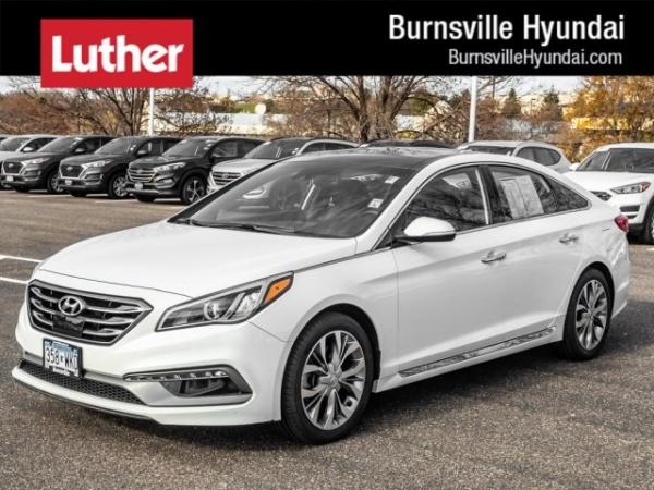 2017 Hyundai Sonata in Burnsville, MN