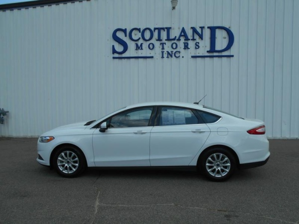 2016 Ford Fusion in Laurinburg, NC