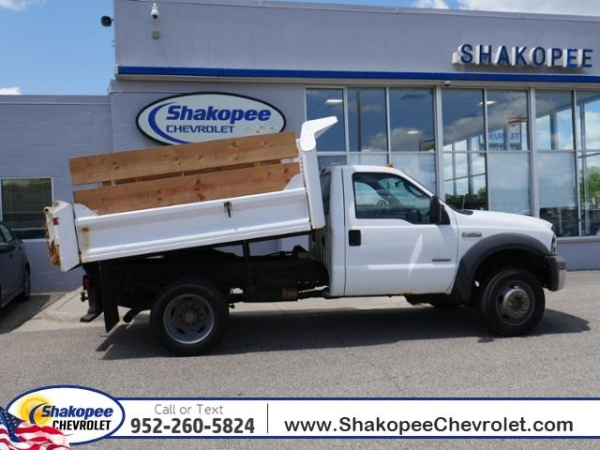 2005 Ford Super Duty F-450 Chassis Cab in Shakopee, MN