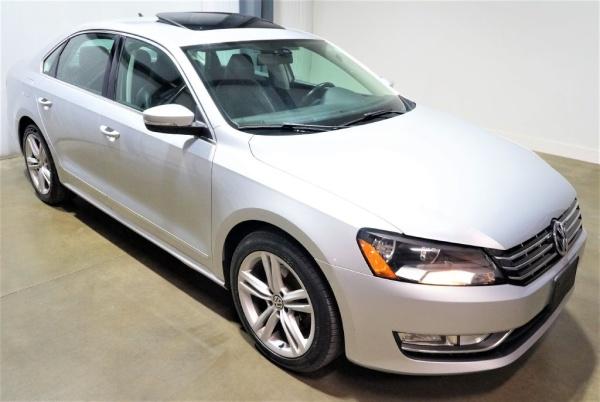 2013 Volkswagen Passat in Lee's Summit, MO