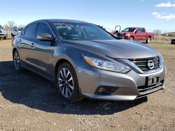 2017 Nissan Altima in Ft Collins, CO