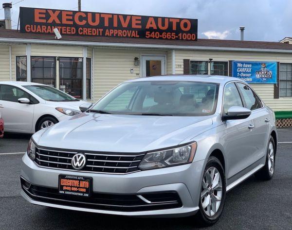 2017 Volkswagen Passat in Winchester, VA