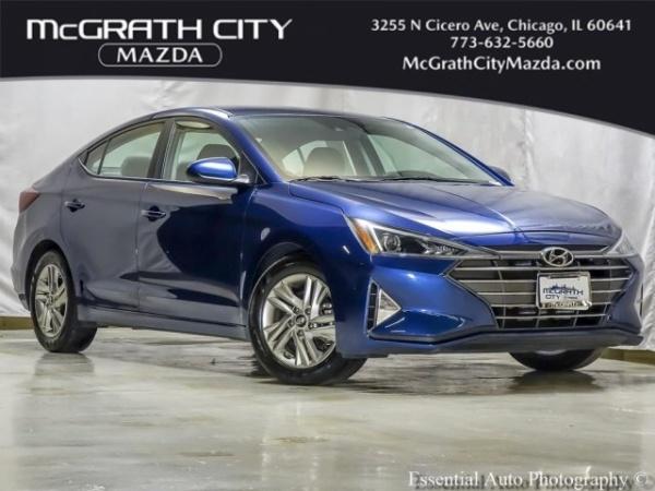 2019 Hyundai Elantra in Chicago, IL