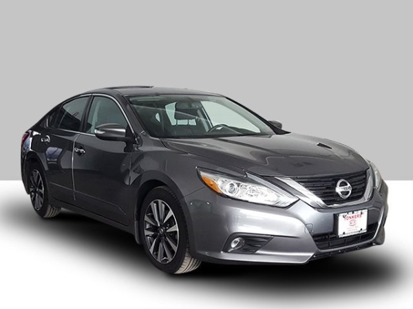 2016 Nissan Altima in Woodside, NY