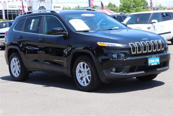 2017 Jeep Cherokee in Medford, OR