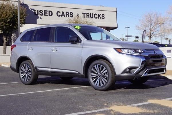 2020 Mitsubishi Outlander in Albuquerque, NM