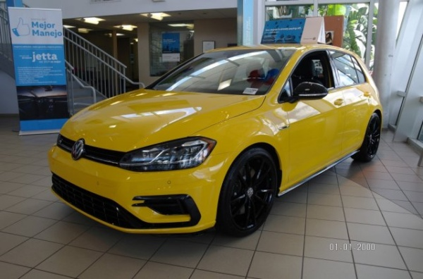 2019 Volkswagen Golf R DSG with DCC & Navigation For Sale in Miami