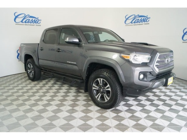 2016 Toyota Tacoma in Beaumont, TX