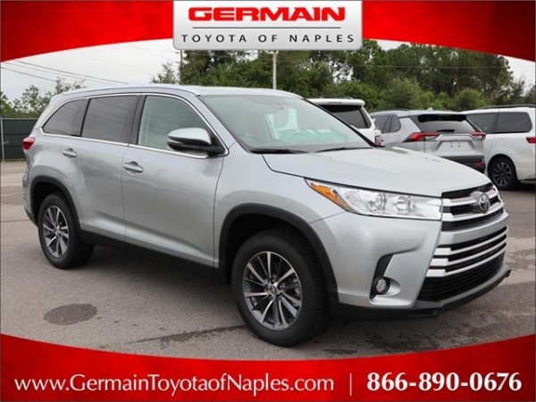 2019 Toyota Highlander in Naples, FL