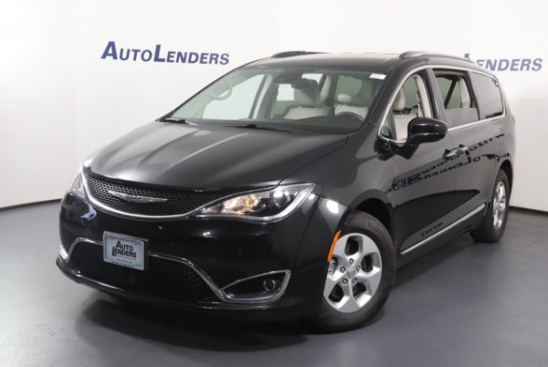 2017 Chrysler Pacifica in Exton, PA