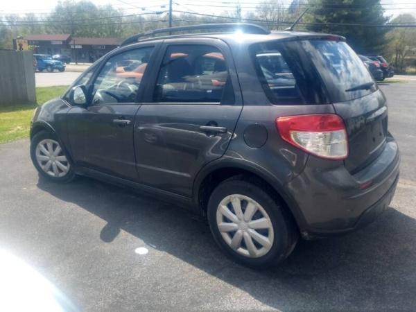2010 Suzuki SX4 Base