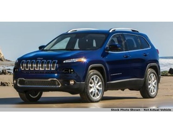2015 Jeep Cherokee in Zanesville, OH