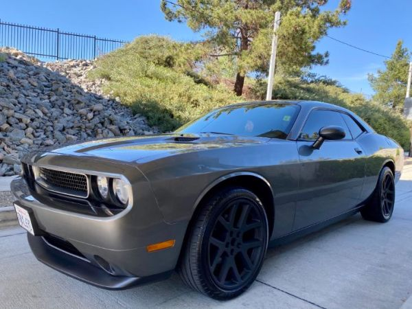 2011 Dodge Challenger in Los angeles, CA
