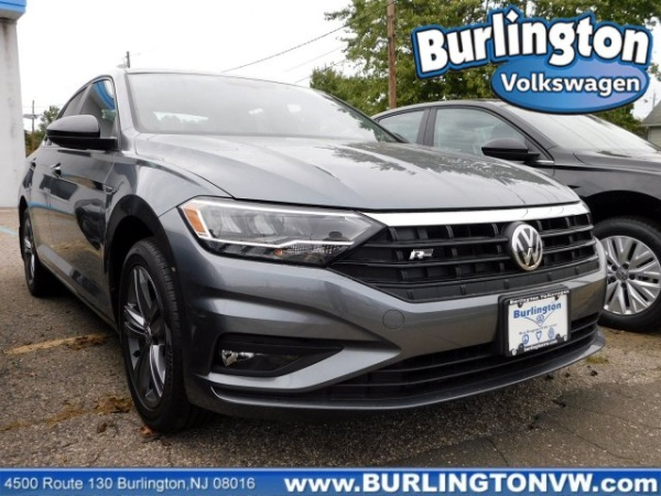2019 Volkswagen Jetta in Burlington, NJ