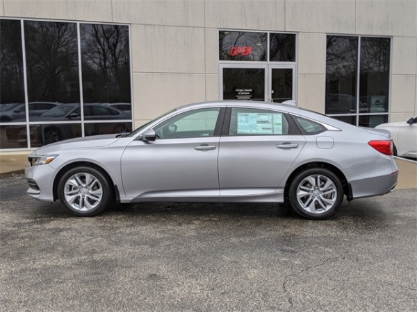 2020 Honda Accord in Jackson, TN
