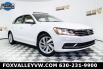 2018 Volkswagen Passat 2.0T SE for Sale in St Charles, IL