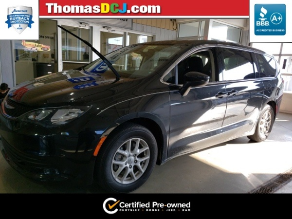 2017 Chrysler Pacifica in Highland, IN