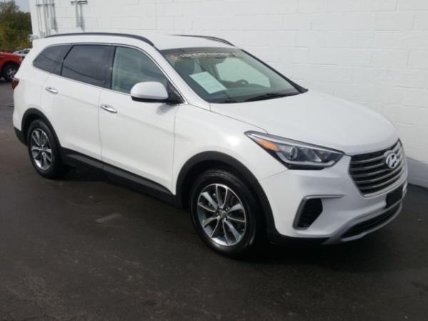 2017 Hyundai Santa Fe in Independence, MO