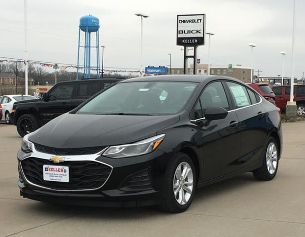 2019 Chevrolet Cruze in Perryville, MO