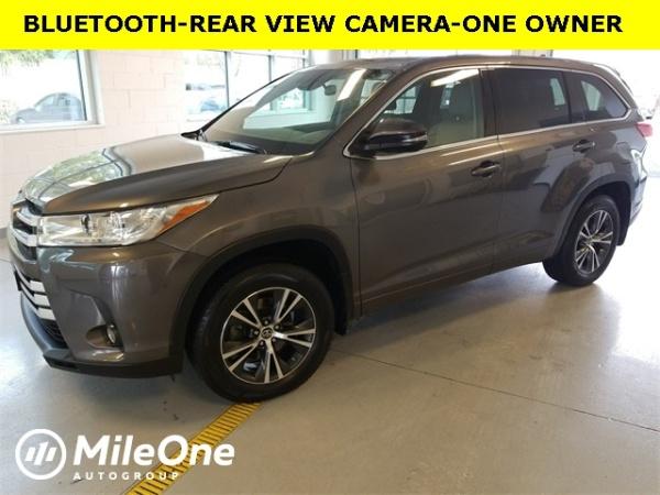2017 Toyota Highlander in Owings Mills, MD