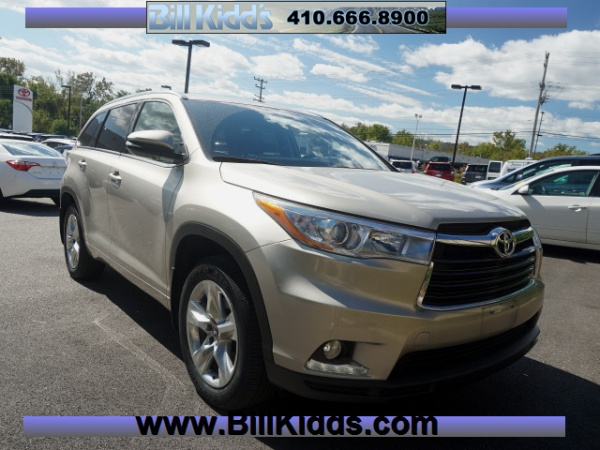 2016 Toyota Highlander in Cockeysville, MD